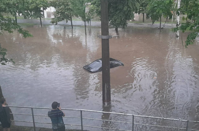 машина утонула