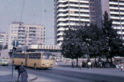 автобус-гармошка (архивное фото из ХХ века)
