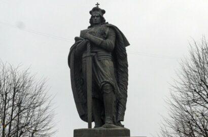 """скульптура """"Литовский рыцарь"""""""