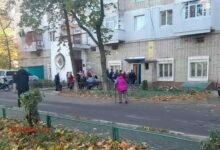 Очередь к Центру вакцинации в Корабельном районе Николаева22.10.21